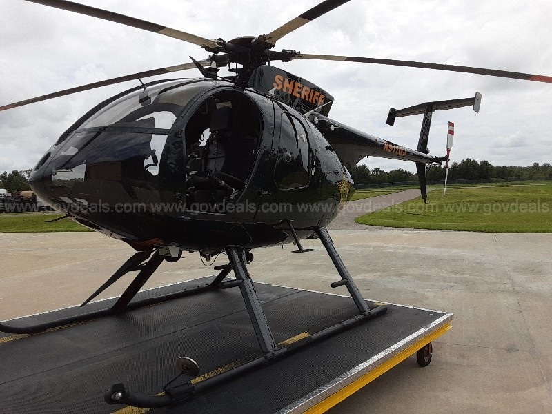MD500E Helicopter