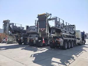 Crushing unit in transit to site