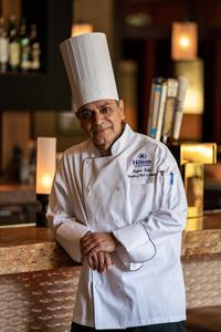 0_int_HiltonAlexandriaMarkCenter-Chef-4-lowres.jpg