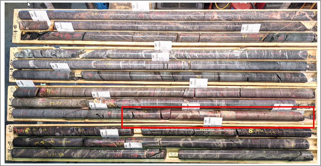 Massive and semi-massive sulphide mineralization from drill hole SR-21-07 (outlined in red box).