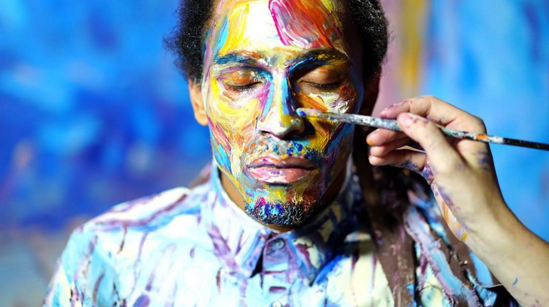 "Alexa Meade painting Actor/Dancer/Director Jon Boogz in ""Color of Reality."""