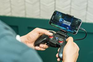 Gaming At The Mobile Edge