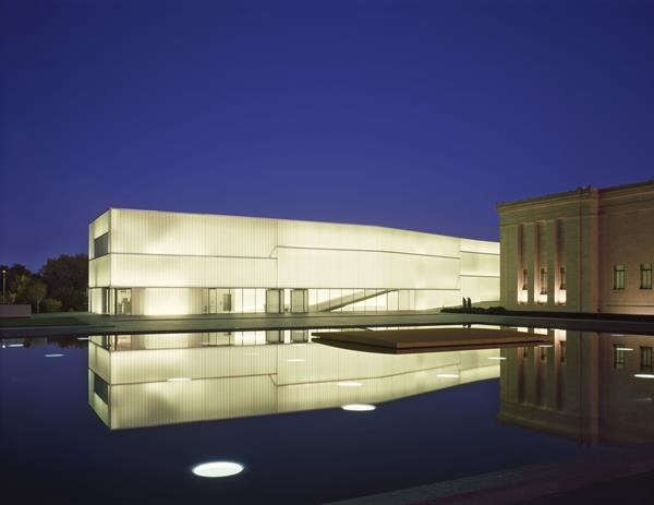 The Nelson-Atkins Museum of Art introduced Bendheim's Lamberts® channel glass to North America. It is the key design element of Steven Holl's Bloch Building addition. Photo by Roland Halbe.