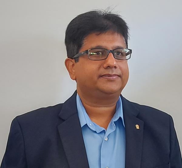 Mynul Hoda, CTO of Ubersuggest Headshot