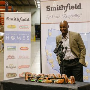 Reggie Wayne Joins Smithfield for Indianapolis Stop on Nationwide Helping Hungry Homes Tour