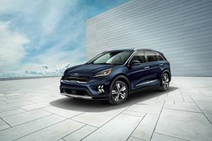 Refreshed Niro Hybrid Debuts At Canadian International Autoshow In Toronto