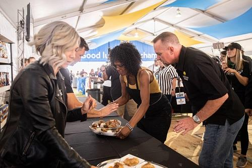 Evette Rahman turning in her dish at the World Food Championships.