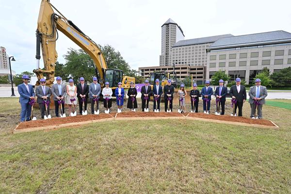 Community and CHRISTUS leaders gather for the June ceremonial groundbreaking.
