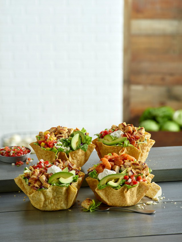 EPL96-33581-Chicken-and-Baja-Shrimp-Tostada-Group