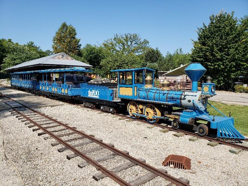 Miniature 24 Gauge Passenger Train (Blue)