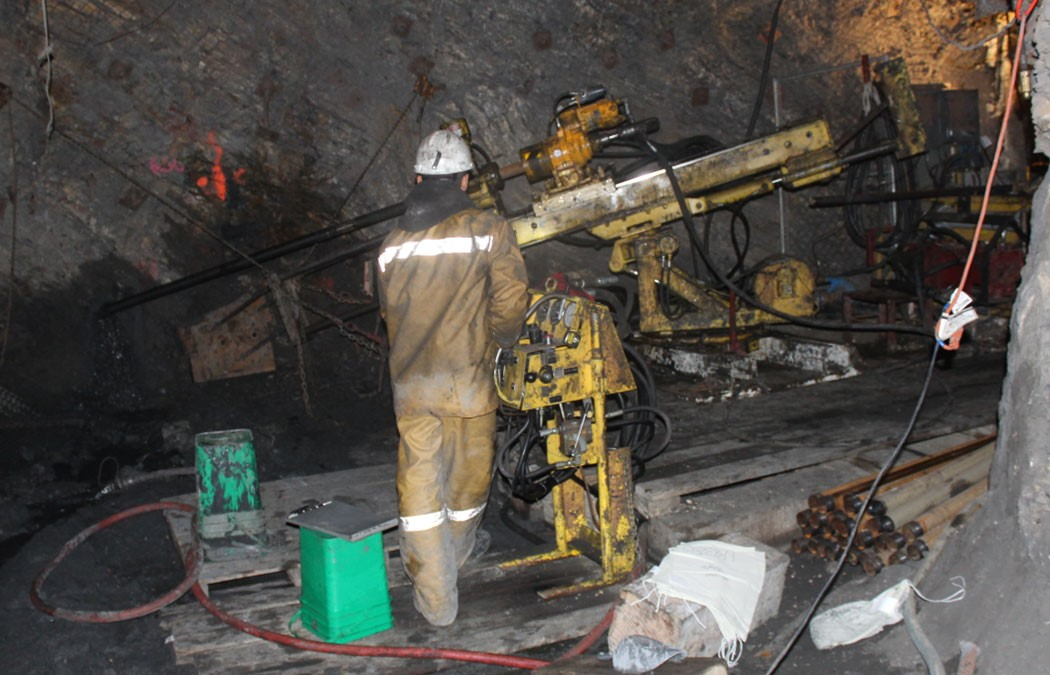Scorpio Gold Reports 9.02 g/t Gold over 7.4 meters from Ongoing Underground Drilling at Goldwedge, Nevada