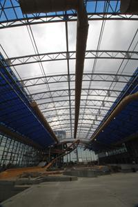 Demonstration of the massive roof opening at Epic Waters.