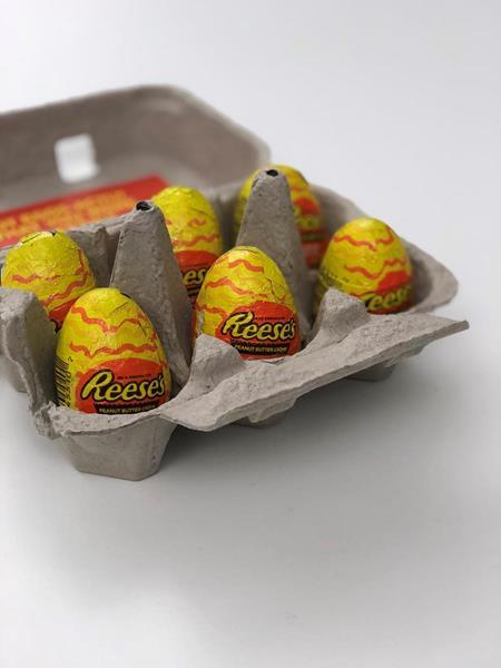 Reeses Easter Egg HC Media Mailer 1