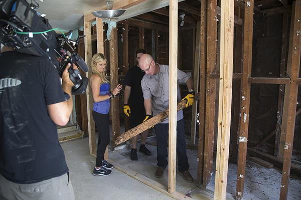 """Steve Cederquist appeared on several seasons of HGTV's hit series """"Flip or Flop"""" working with Tarek El Moussa and Christina Anstead, where he remodeled some of the worst-case scenarios for the show."""