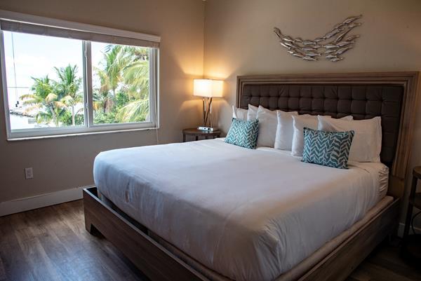 Renovated Single Bedroom