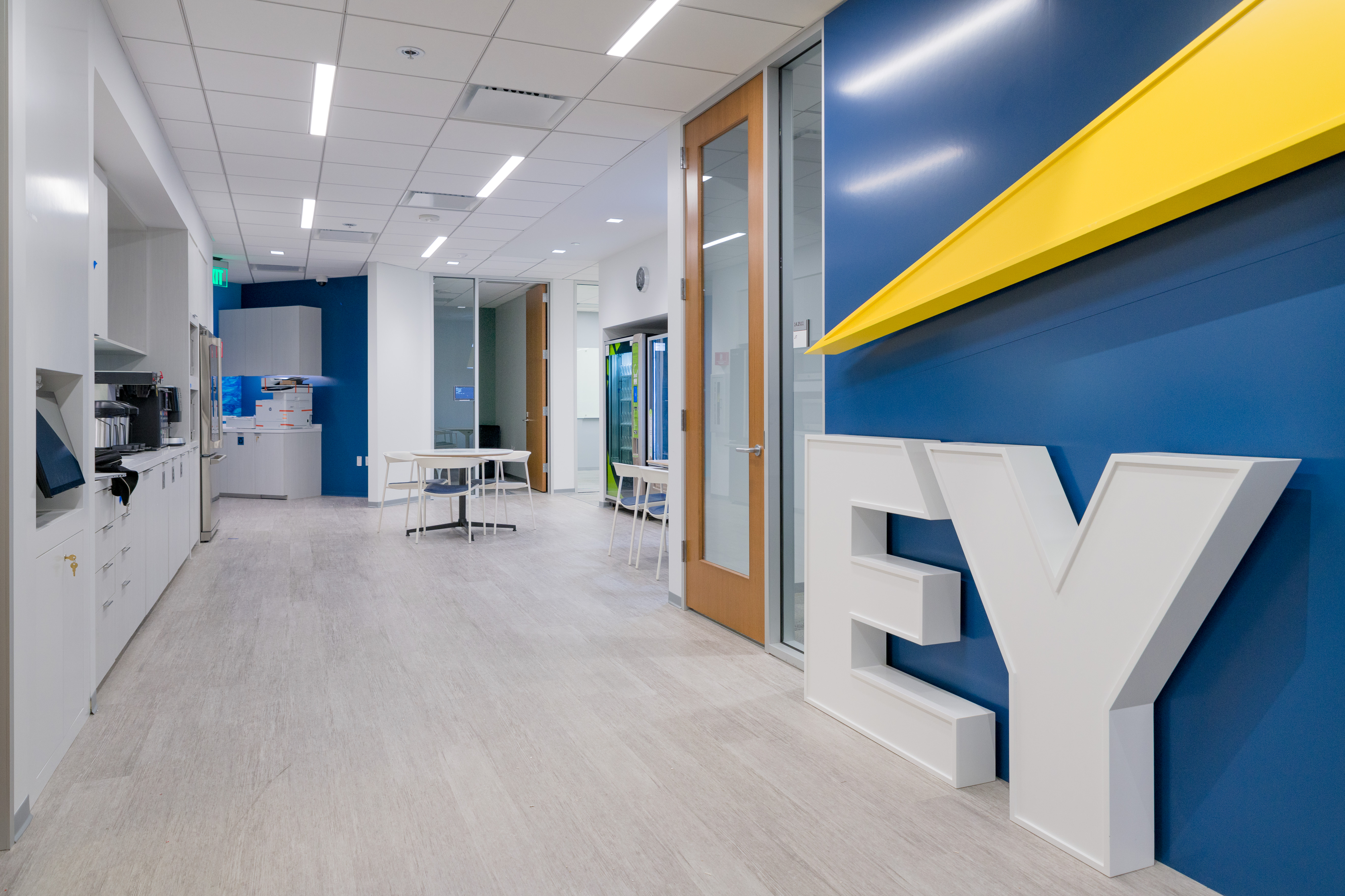 Charmant New EY San Diego Office