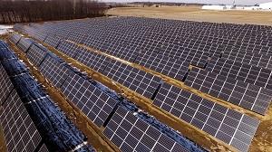 0_int_SolarPanelsatBecksHybridsHeadquarters2018-Meltwater.jpg