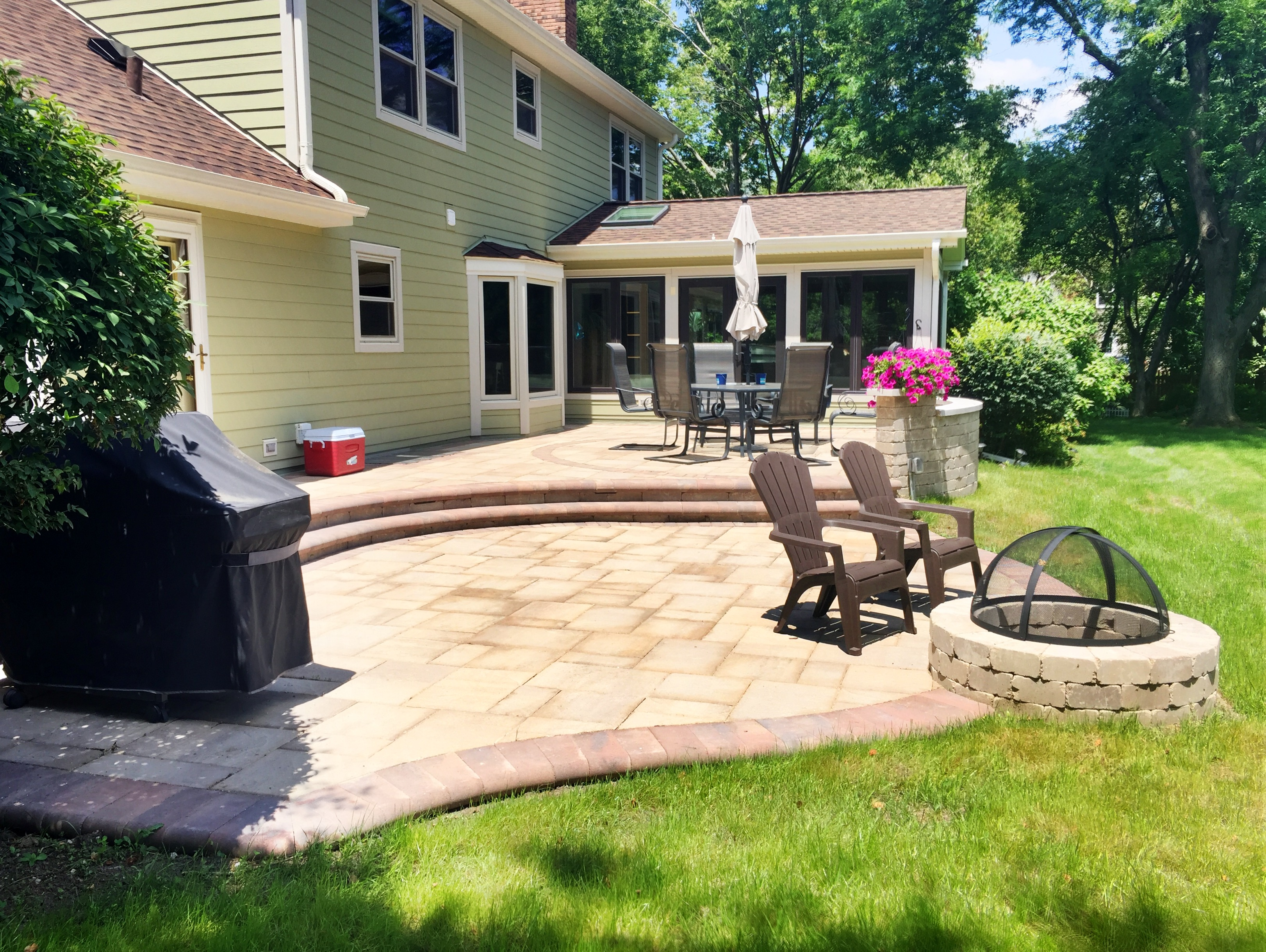 Archadeck Of Chicagolandu0027s Award Winning Project In The Hardscape Category  Is A Spacious, Multi Level Belgard Paver Patio. The Patiou0027s Different  Levels ...