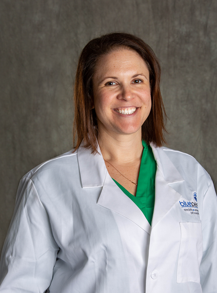 LenoreBacek, DVM, MS, DACVECC, Clinical Programs Manager and leader of the EmERge program at BluePearl Specialty and Emergency Pet Hospital
