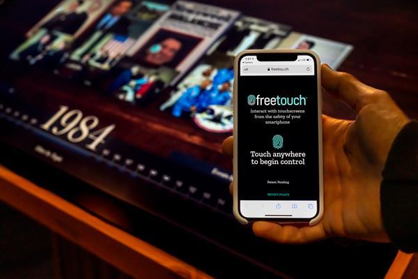 Freetouch_ProductShot_7164x4778