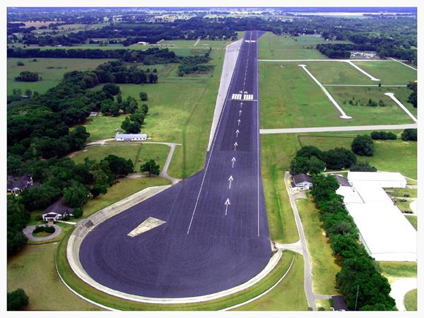 Jumbolair runway southern approach