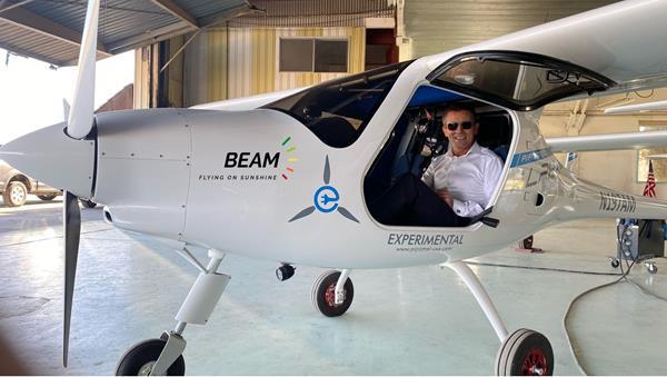 Beam-Pipistrel-Flying on Sunshine-Desmond Wheatley