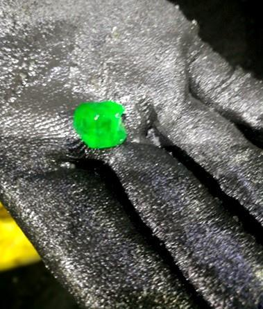 Host rock with emerald mineralization in the mine face_3