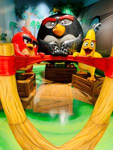 Angry Birds Not So Mini Golf Club at American Dream, Guest Photo Opp