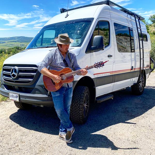 Through a series of outdoor, socially distanced, private shows across the US, Jason and his wife Emma traveled over 38,000 miles, across 32 states in their 2020 Storyteller Overland MODE 4x4 sprinter van, equipped with Volta's lithium-ion auxiliary power system