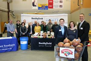 Smithfield Foods donates more than 36,000 pounds of protein to the Vermont Foodbank in partnership with Hannaford to alleviate hunger across the state of Vermont.