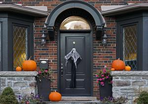 0_int_Image-HalloweenMeansDauntingDamage.jpg