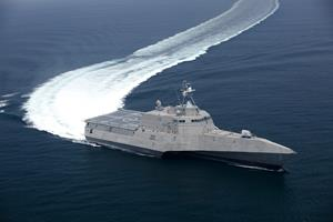 0_int_090716Navy-LCS2BT007.jpg