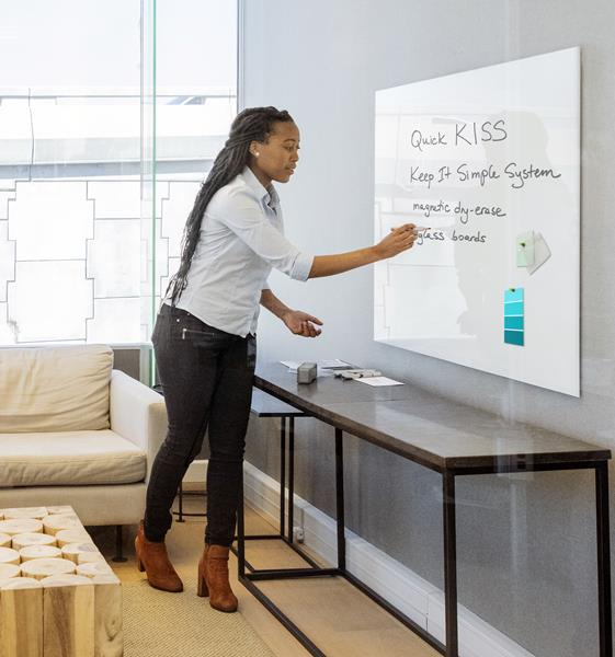 Bendheim's QuicKISS™ magnetic glass boards are ideal for use in contemporary educational, meeting, and workplace settings.