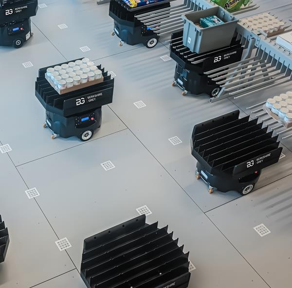 Berkshire Grey Image - IER Multiple Mobile Robots