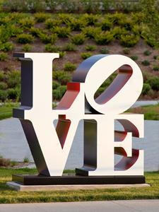 Sculpture Milwaukee returns June 1 to Wisconsin Avenue
