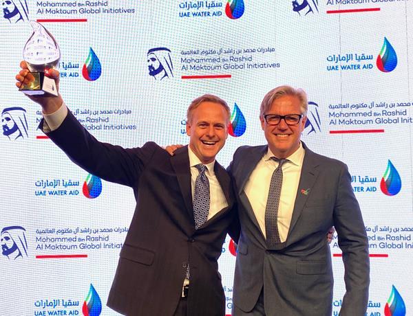 GivePower Founder, Chairman and CEO Hayes Barnard accepts the Mohammed bin Rashid Al Maktoum Global Water Award for its Solar Water Farm technology.
