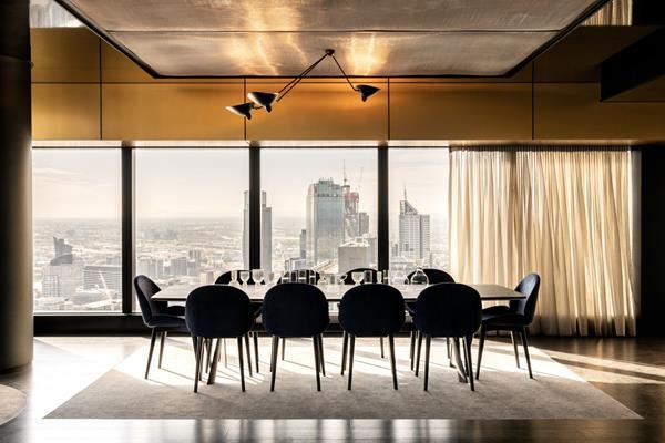 Australia 108 Sky dining_level 70_LR