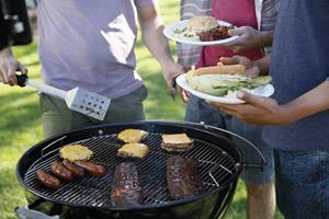 5 Summer Outdoor Entertaining Tips