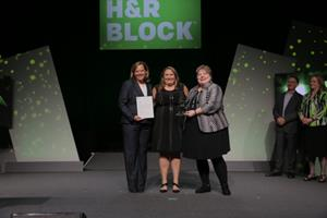 Franchise Pioneer H R Block Awards Local Franchisee National Honors