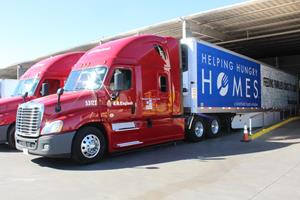 Smithfield's Helping Hungry Homes Tour Stops in Phoenix