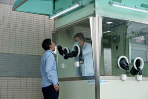 With ITRI's positive pressure testing booth, medical staff can just wear masks and normal lab gowns when taking samples