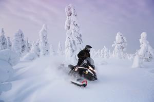 BRP unveils 2019 Lynx snowmobile lineup