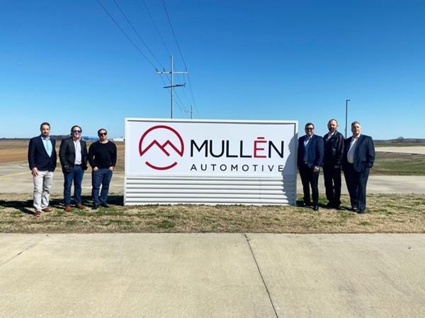 Mullen Executive Team at Tunica Entrance