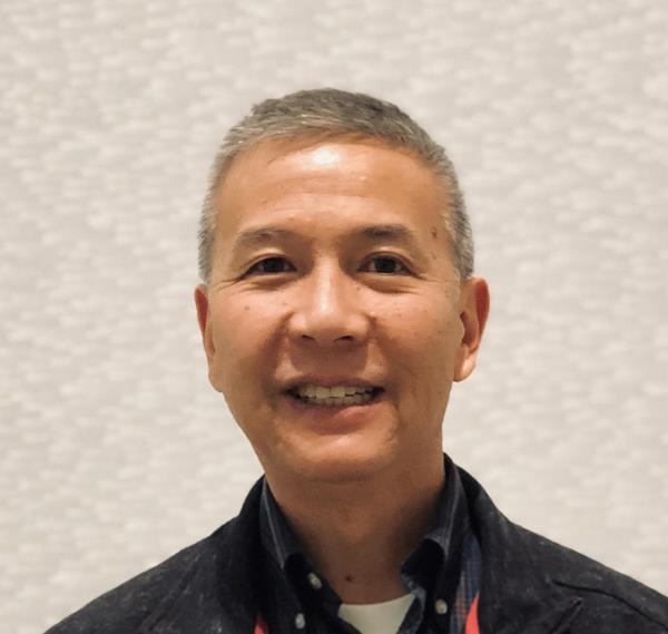 Larry Chin_Headshot