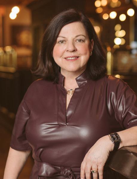 Cindy Simpson Chair, Restaurants Canada