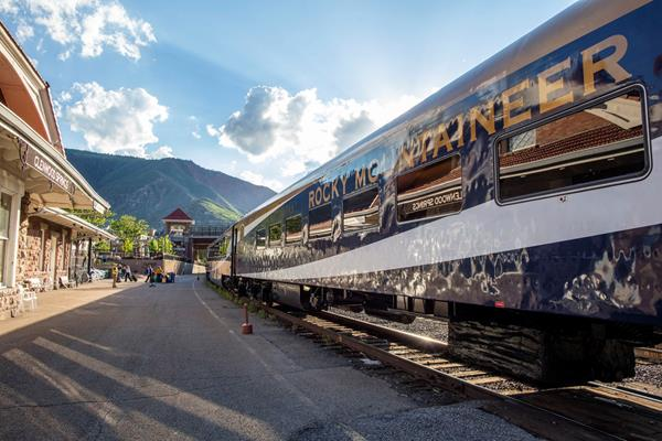 Rocky Mountaineer arrives at the Glenwood Springs train station.  Photo Credit: Emotion Cinema