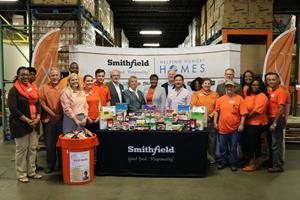 Smithfield Foods Helping Hungry Homes – Norfolk, VA