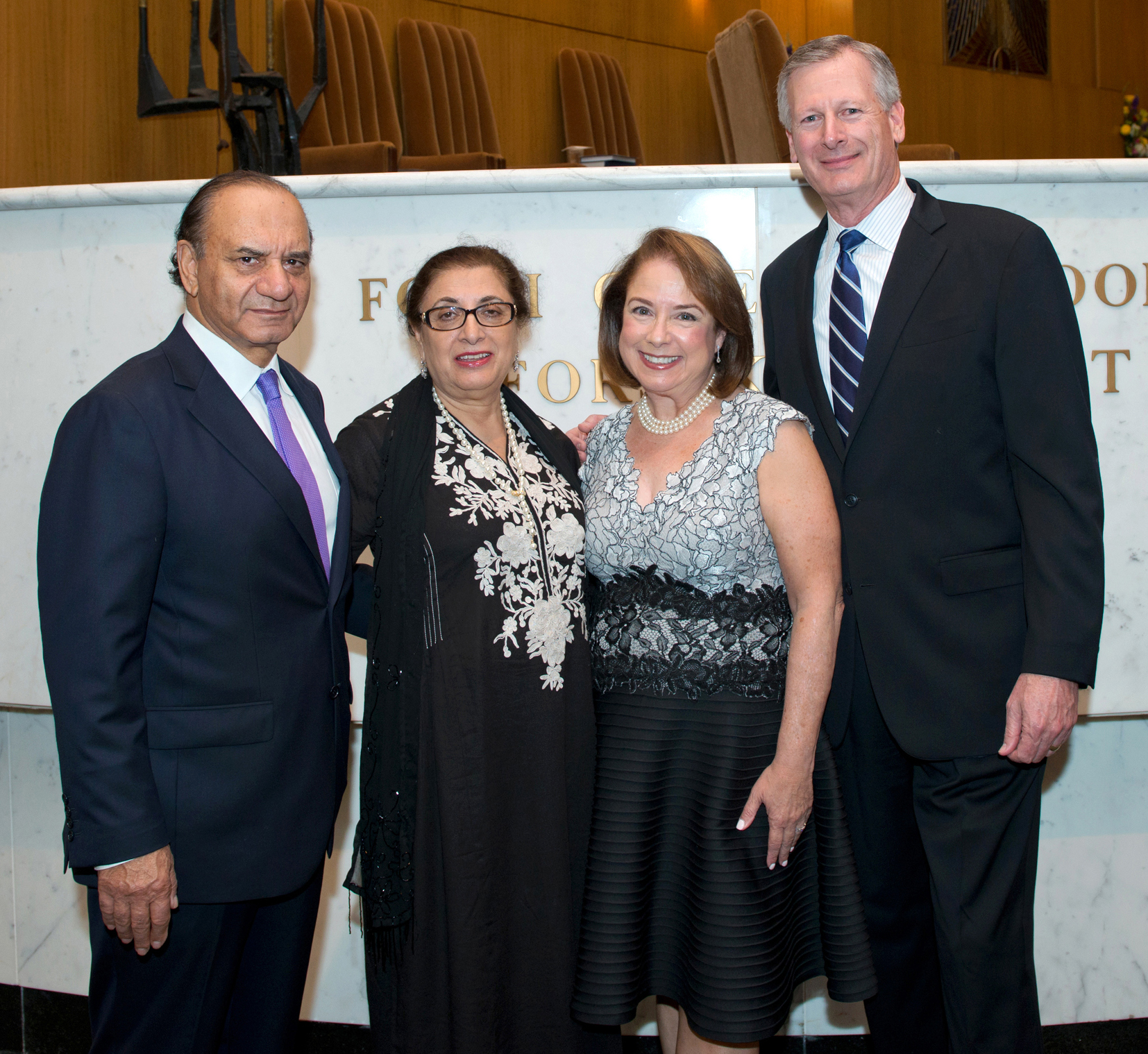 2016.05.13 Congregation Beth Israel-Rabbi Samuel Karff Leadership Award honoring Karen & Joseph Chesnick, Jr.jpg