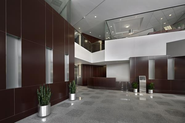 Recent renovations to the property include updates to both the lobby and garage, as well as upgraded building systems, restrooms, and elevator modernization. Additional on-site tenant amenities include a conference center that seats up to 40 guests and a putting-green at the back entry.