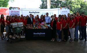Smithfield Foods Helping Hungry Homes – Charleston, SC